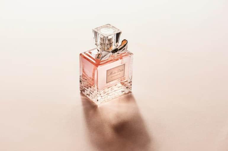 DIOR(ディオール)のCMで流れる女性歌手の曲は?ナタリーポートマン出演の香水「ミスディオール」