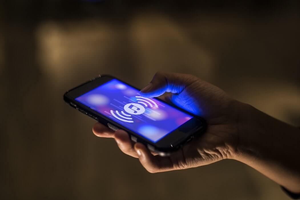 【音楽アプリ】オフラインで曲が聴けるiPhone&Androidアプリ8選